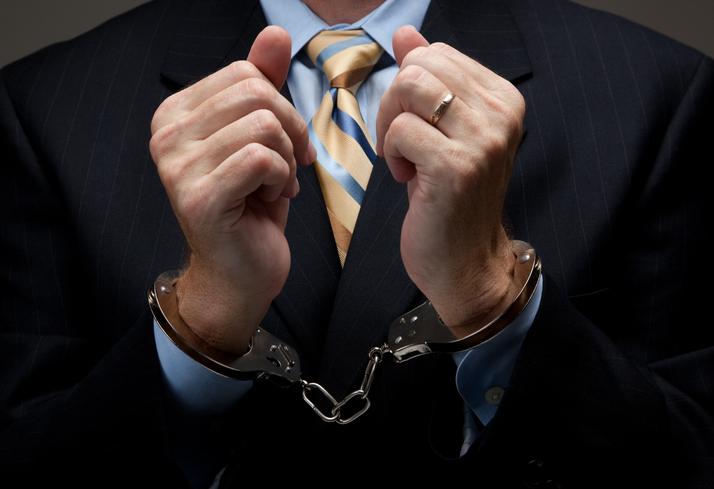 White collar crimes, crimes cols blancs